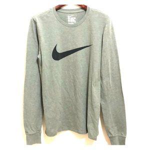 Nike Long Sleeve T-Shirt S